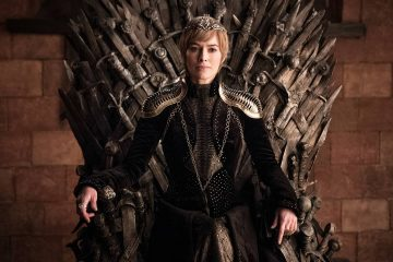 Lena Headey as Cersei Lanister sitting on Iron Throne in Game of thrones