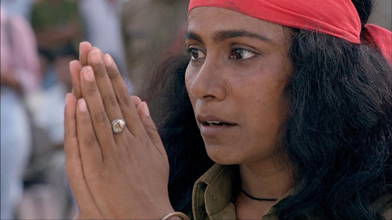 Disturbing Hindi Movies - Bandit Queen (1994)