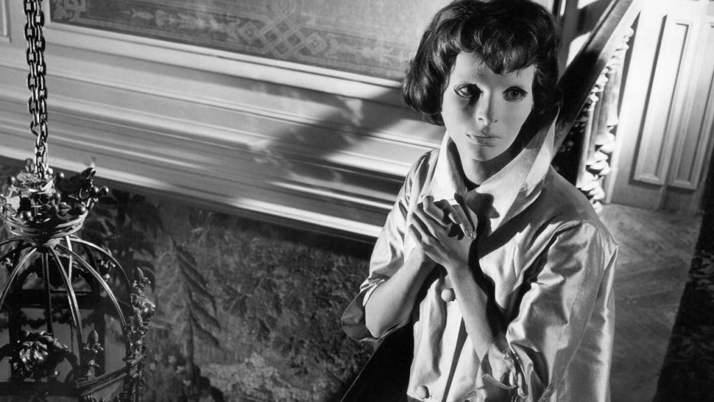 Black and White Horror Films Eyes without a face