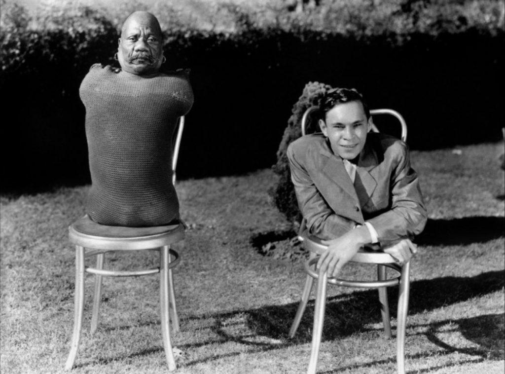 Black and White Horror Films Freaks