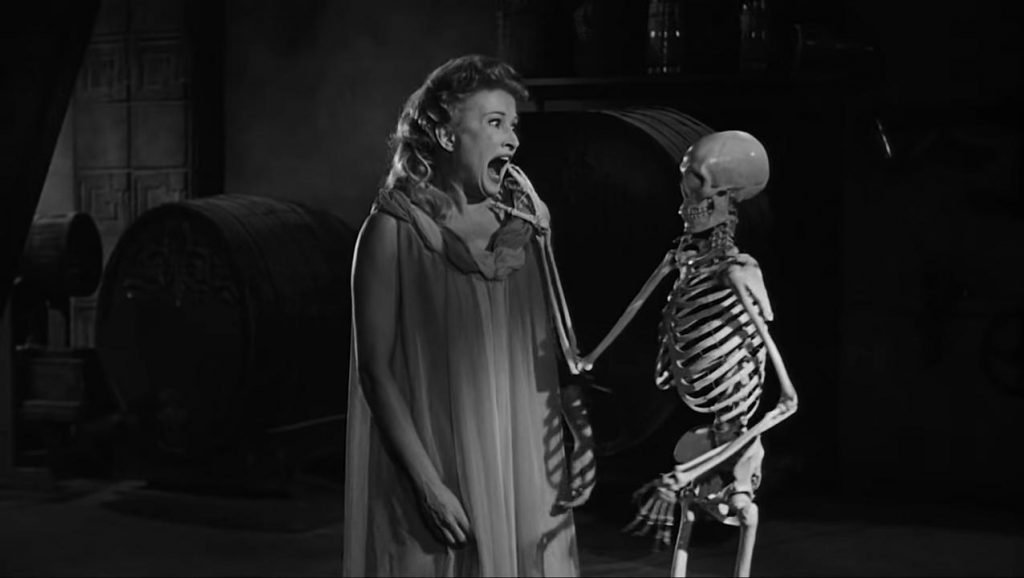 Black and White Horror Films House on Haunted Hills